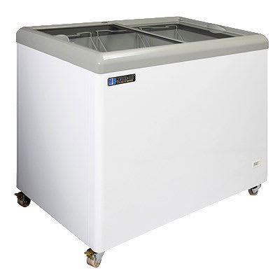 "Master-bilt MSF-43AN 43"" Mobile Ice Cream Freezer w/ 3 Baskets, Mobile, White, 115v"