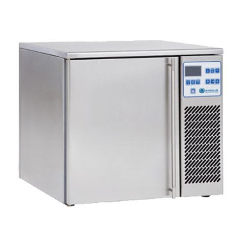 "Beverage Air CF031AG 22"" Countertop Blast Chiller - (3) Pan Capacity, 115v"
