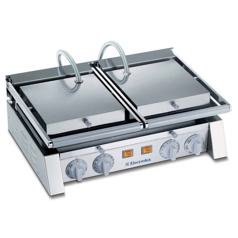 Electrolux 602114 Double Commercial Panini Press w/ Cast Iron Grooved Top & Smooth Bottom Plates, 220v/1ph