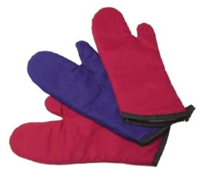 "Intedge 338-17 R 17"" Oven Mitt, Red"