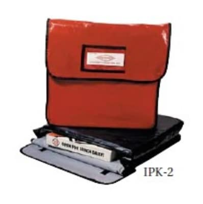 """Intedge IPK-7 R Texas Style Pizza Bag, 24 x 24 x 5-3/8"""", Red"""