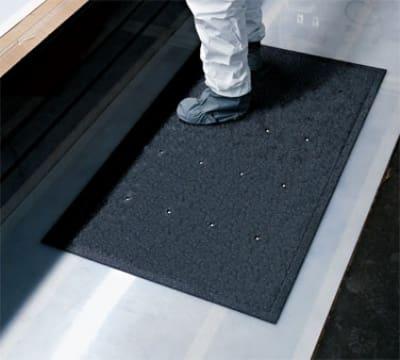 Andersen Mats 419-3-5 03 Traction Hog Slip Resistant Floor Mat, Drainable, 3 x 5-ft, Orange