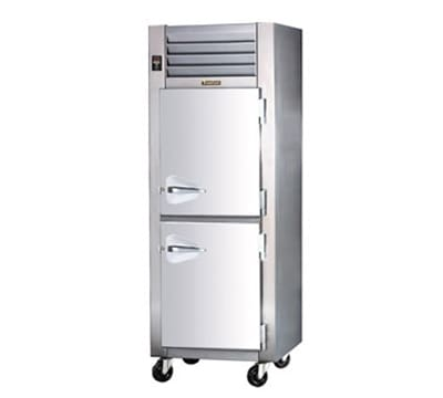 Traulsen AHF132W-HHS Full Height Insulated Mobile Heated Cabinet w/ (3) Shelves, 208v/1ph