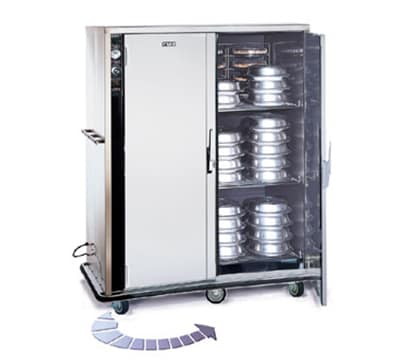 FWE P-200-2220 P-Series Banquet Cart w/ 2-Doors, 160/200-11in Round Plate Capacity, 220/1V