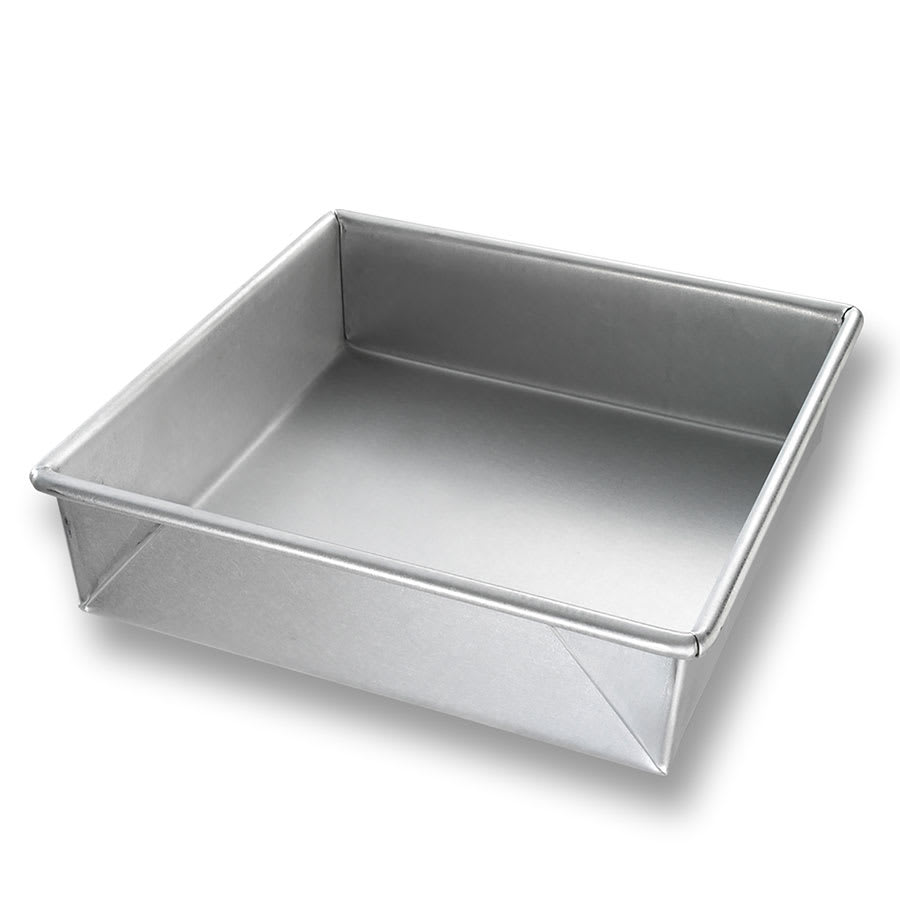 "Chicago Metallic 21300 Cake Pan, 8.56"" x 8.56"" x 2.25"", AMERICOAT Glazed 22 ga. Aluminized Steel"