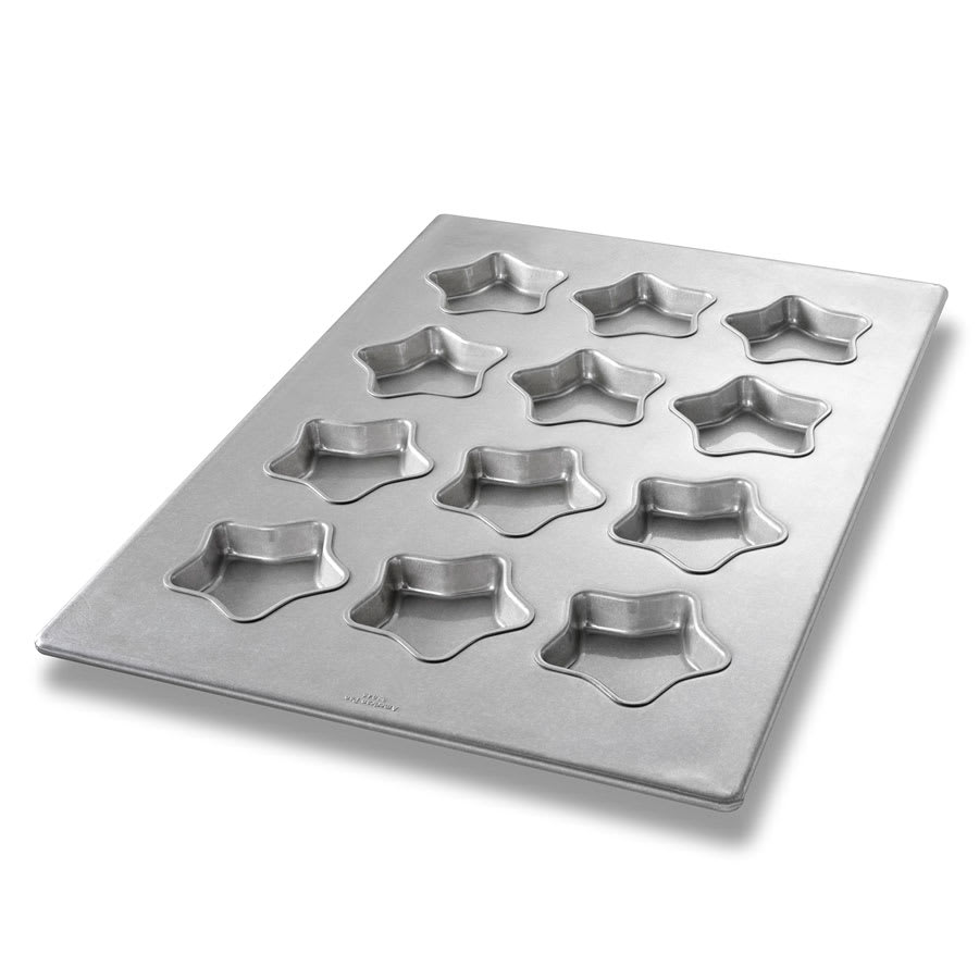 "Chicago Metallic 43045 Mini Star Cake Pan, Makes (12) 4.5"" Cakes, AMERICOAT Glazed 22-ga. Aluminized Steel"