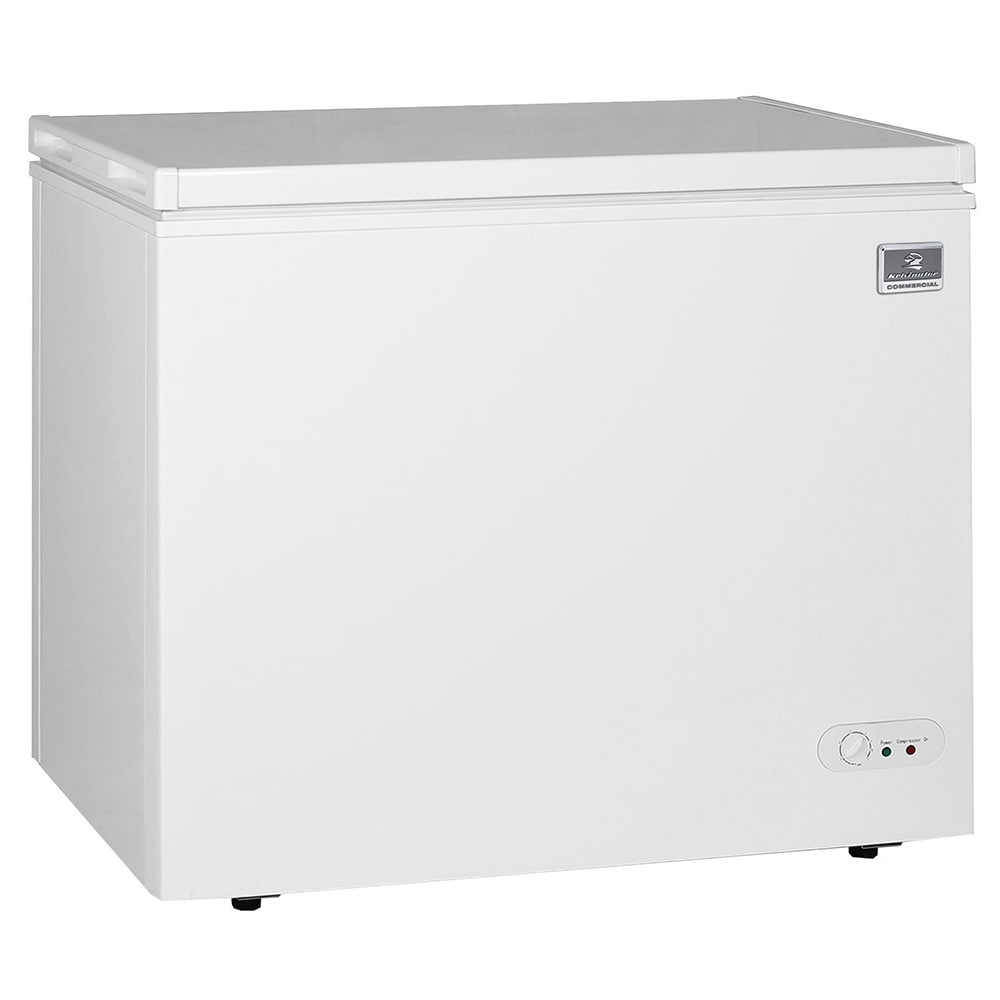 "Kelvinator Commercial KCCF073WS 37.81"" Mobile Chest Freezer w/ Wire Storage Basket - White, 115v"