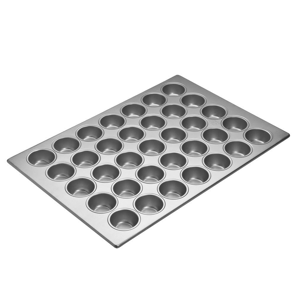 Focus 905575 Cupcake Pan Holds (35) 2 3/4""