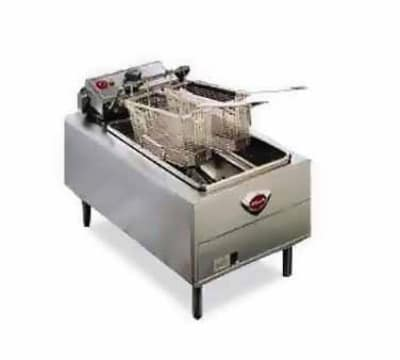 Wells F-49 Countertop Electric Fryer - (1) 15-lb Vat, 208v/1ph
