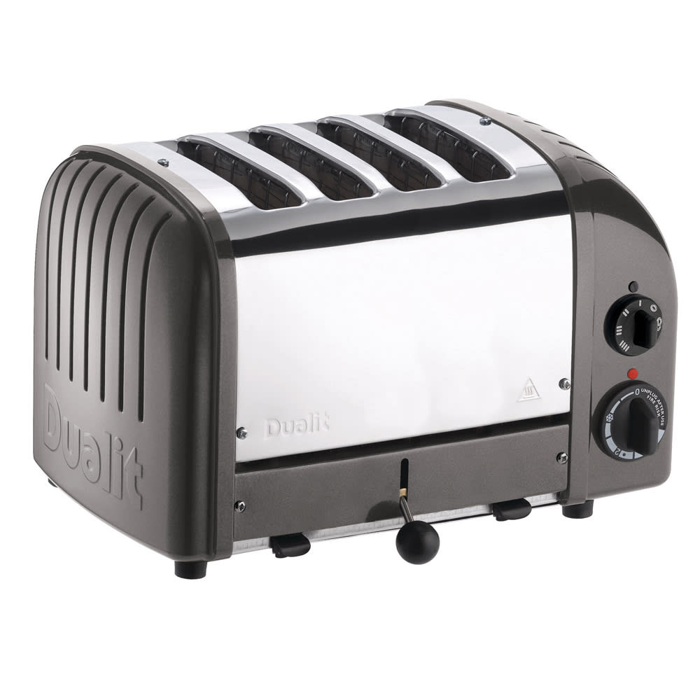 "Cadco CTW-4M Slot Toaster w/ 4-Slice Capacity & 1""W Product Opening, 120v"