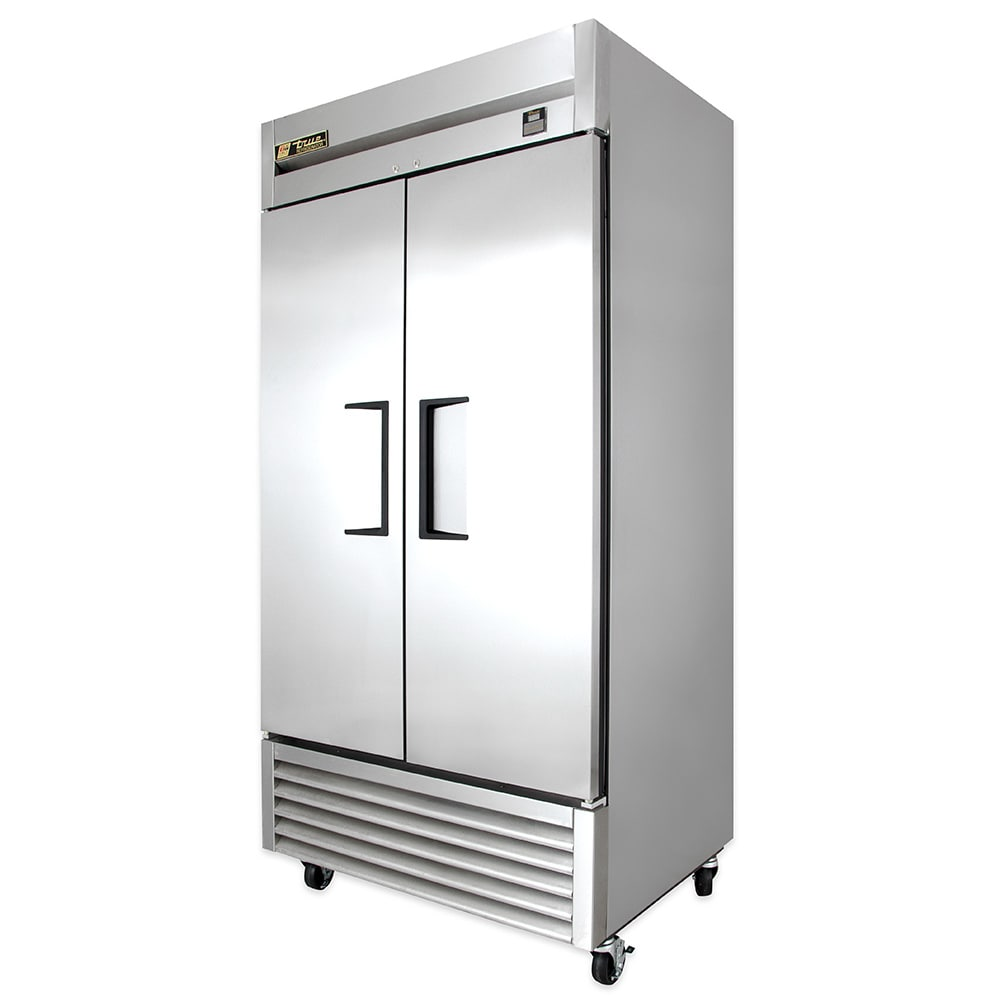 """True TS-35-HC 39.5"""" Two Section Reach-In Refrigerator, (2) Solid Door, 115v"""