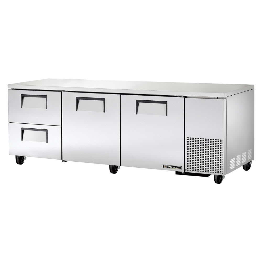 True TUC-93D-2 30.9 cu ft Undercounter Refrigerator w/ (3) Sections, (2) Doors & (2) Drawers, 115v
