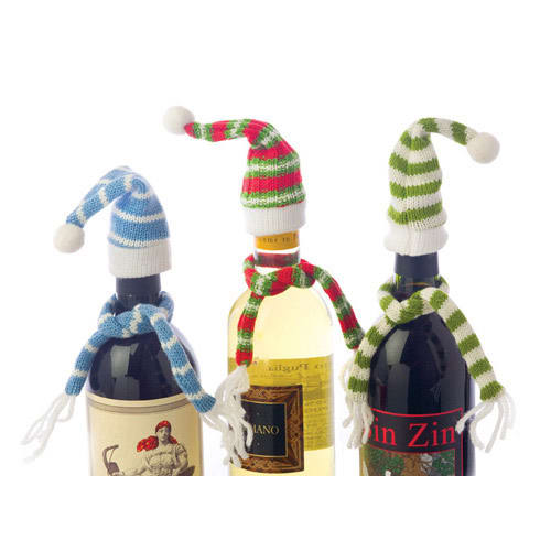True Brands 0626 Bundle Up! Bottle Topper w/ Matching Scarf