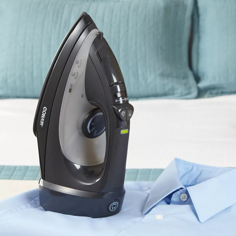 Conair Hospitality WCI306RBK Steam Iron w/ Retractable Cord - Adjustable Temperature Control, Black, 120v