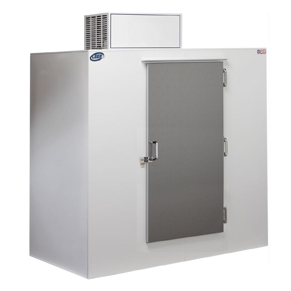 """Leer, Inc. L065UASE 64"""" Outdoor Ice Merchandiser w/ (135) 10-lb Bag Capacity - White, 120v"""